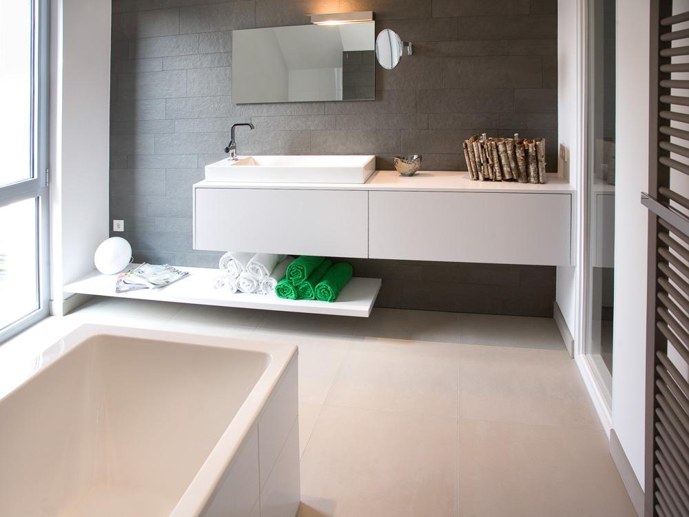 Spoeltafels en werkbladen dwk hpt keukendeuren badkamer industrie kunstgraniet - Van plan corian ...